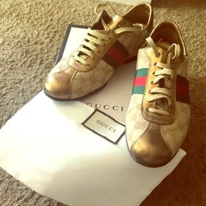 Authentic pre-owned Women Gucci Sneakers